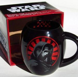 NEW Star Wars KYLO REN CERAMIC MUG, cup 18 oz.